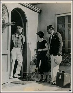 """littlebitsofchaplin: """"charliechaplinitalia: """" Charlie Chaplin, Douglas Fairbanks and Mary Pickford, """" These pictures were certainly taken on the same day. He seems to be surprsied that Mary & Doug arrived back as if he had spent all his time in. Vintage Hollywood, In Hollywood, Classic Hollywood, Silent Film Stars, Movie Stars, Chaplin Film, Charles Spencer Chaplin, Douglas Fairbanks, Mary Pickford"""
