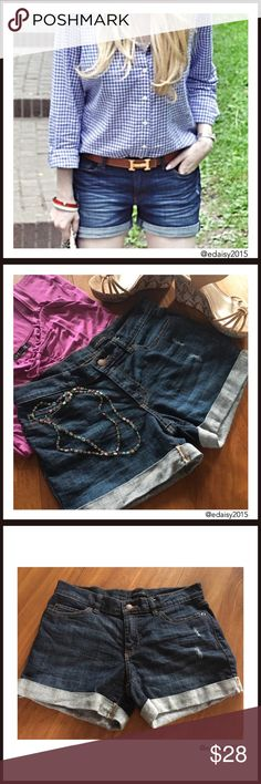 🆕Super Cute Jean Shorts These Joe Fresh jean shorts are super cute. These shorts have never been worn. They are NWOT.  👛 No Trade 🌸 All Offers 🌸 Click The Offer Button 🌷 Smoke Free Home  ✔️Reasonable Offer Shorts Jean Shorts