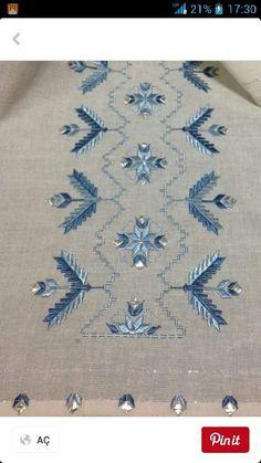 Susma Hand Embroidery, Embroidery Designs, Bargello, Rococo, Diy And Crafts, Bohemian Rug, Cross Stitch, Decor, Straight Stitch