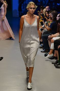 Giles Spring 2015 Ready-to-Wear - Collection - Gallery - Look 1 - Style.com