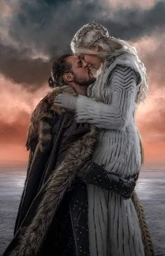 A Game of Thrones Quiz for the citizens of Westeros and George R. Game Of Thrones Poster, Game Of Thrones Cast, Narnia, Daenerys Targaryen Art, Khaleesi, King Arthur Legend, Jon Snow And Daenerys, Game Of Throne Actors, Faceless Men