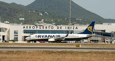 El Aeropuerto de Ibiza comienza las obras de regeneración en la pista