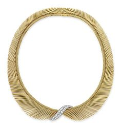 "A DIAMOND AND GOLD ""CHEVEUX D'ANGE"" NECKLACE, BY VAN CLEEF & ARPELS  Designed as a flexible tapered band of 18k gold wire resembling angel hair, centering upon a circular-cut diamond scalloped plaque, mounted in 18k gold and platinum, circa 1955, 14½ ins. Signed Van Cleef et Arpels, no. 30295"