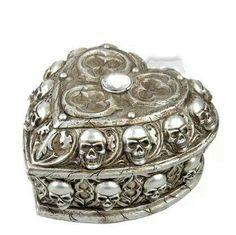 Skull jewelry box