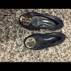 Tory burch black flats Tory Burch black flats Tory Burch Shoes Flats & Loafers