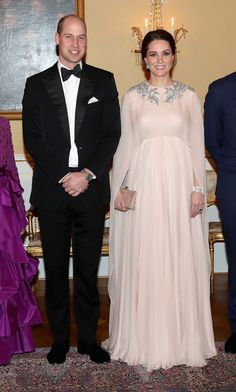 Kate Middleton Photos - Prince William, Duke of Cambridge and Catherine, Duchess of Cambridge attend a dinner at the Royal Palace on day 3 of their visit to Sweden and Norway on February 1, 2018 in Oslo, Norway. - The Duke and Duchess of Cambridge Visit Sweden and Norway - Day 3
