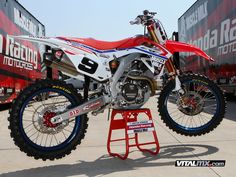 The Big Picture: Justin Barcia's Honda - Features - Vital MX