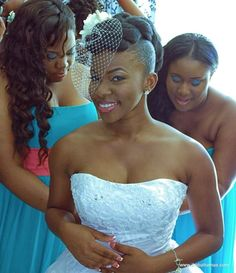 Natural Wedding Hairstyles For Brides: WeddingsByMelB: Exquisite Hair-do's For The Gorgeous Bride Natural Hair Wedding, Natural Wedding Hairstyles, Natural Hair Updo, Hair Comb Wedding, Bridal Hair, Natural Hair Styles, Natural Dreads, Wedding Headpieces, Hairstyle Wedding