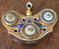 Antique english porcelain imari pattern inkstand & pen tray spode derby inkwell