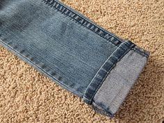 do it yourself divas: DIY: Hem Jeans Fast & Easy -> this is the real deal. It's fantastic! ~ theteapixie
