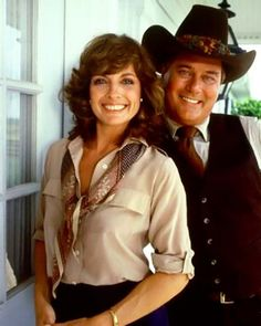 Great picture -Linda Gray and Larry Hagman - Dallas