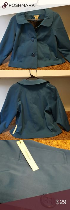 """VERTIGO Paris Cropped Jacket NWT. Peacock blue cropped water repellant jacket. Looks like Trench on top but is cut short like a swing coat. Three quarter sleeves show of your favorite leather gloves!. Three button front with two side pockets, Peter Pan collar. Stretchy. Darling!  Length from center of neck to hem is 19"""". I ship fast! Vertigo Paris Jackets & Coats"""