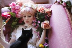 roses & cats = everything I need. #pixiemarket