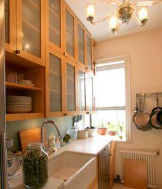 Small kitchens, beautiful small kitchens!