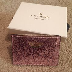 """NIB! kate spade mini glitter bug card holder This gorgeous sparkly patent glitter blush and gold glitter bug card holder is so cute and chic! It is brand new, never used or anything. Comes with all shown in last picture. Gorgeous sparkly gold in the side where the cards go. Measures 3"""" X 4""""! Perfect for that darling clutch for a night out! Limited edition color! No longer in stores. kate spade Accessories Key & Card Holders"""