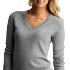 V-Neck Gray Sweater • pre-loved • great condition  • size xs • no trades or pp please :) GAP Sweaters V-Necks