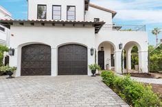 Spanish Exterior, Mediterranean Homes Exterior, Spanish Colonial Homes, Spanish Style Homes, Spanish House, Spanish Bungalow, Home Styles Exterior, Modern Exterior, Exterior Design