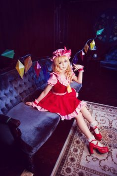 This cosplay really captures Flandre's capricious attitude.