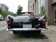 DKW 1000SP カブリオレ アウトウニオン(DKW)1000SPは1961年にロードスターとクーペが発表された。DKWは、1958年にアウトウニオン(アウディの前身)に代わって一時的に代用され 1965年4月の生産終了までに1640台のロードスターが売られた。DKWはアウディの前身。 1963年式