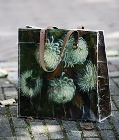 The New Victorian Ruralist: Bags from vintage oil paintings...