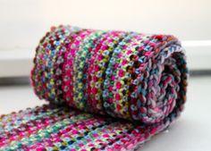 Linen Stitch - Tutorial: http://www.lookatwhatimade.net/crafts/yarn/crochet/crochet-tutorials/crochet-linen-stitch/