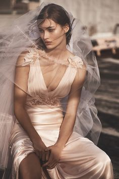 UK-based fashion brand Topshop is set to launch a new special occasion range with TOPSHOP Bride. The collection features a selection of wedding dresses as well as bridesmaid options. Topshop offers up five limited-edition wedding dresses in addition to twenty-five bridesmaid styles. Related: Topshop Unique Gets Eclectic for Fall 2017 From satin slips to gowns …