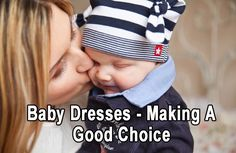 How to wean a baby from breastfeeding - A question ever mother asks sooner or later. We provide you with a real life example of a mother who weaned her baby from breastfeeding in two days Couples Chrétiens, Lesbian Couples, Parent Solo, Single Parent, Single Mum, Formation Montessori, Unique Gifts For Mom, Unique Baby, Parents