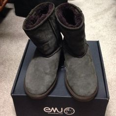 EMU low cut chocolate boots; size 8; gently worn Gently worn low cut EMU chocolate boots; mostly worn around house, hardly ever worn outside; size 8 Emu Shoes