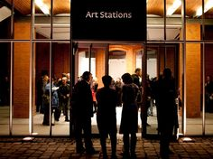 Art Stations gallery by night!