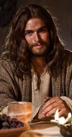Son of God Diogo Morgado as Jesus Christ. Jesus Son Of God, Mary And Jesus, Heart Of Jesus, Jesus Loves You, Pictures Of Jesus Christ, Jesus Christ Images, Religious Pictures, Pictures Of God, Jesus Artwork