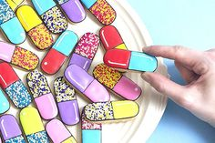 These pill capsule cookies are my newest favorites. Between their perfect simple iconic shape and the endless options of color combinations, this fun cookie makes me smile every time. Using the round
