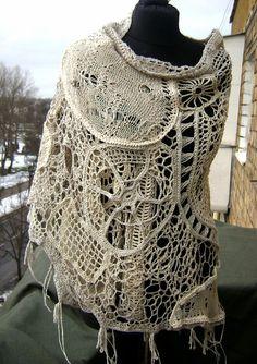 Лён, хлопок. Вязание на машине , на линейке, крейзи-путанка , крючок. Что творю сама не знаю, Но влюблённая в мечту , Паутиновую сказку Всё плету, плету , плету. Паучками восторгаюсь, Ведь трудяжки … Crochet Wool, Freeform Crochet, Love Crochet, Irish Crochet, Crochet Doilies, Creative Knitting, Big Knits, Friends Fashion, Free Knitting