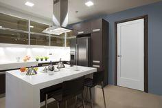Masonite® | Heritage® Series | Lincoln Park™ Interior Kitchen Doors
