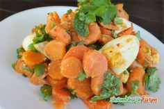Moroccan carrot, sweet potato and coriander salad recipe What you will need: 3-4 medium carrots 2 medium sweet potatoes Coriander (1/4 bunch) Mint (only the leaves, removed from 3 stems) 3 eggs For the dressing: Ginger root (grated) Juice from 1/2 lemon Extra virgin olive oil Hot (or smoked) paprika Crushed chilies Cumin powder Cumin seeds Pink Himalayan or natural sea salt * Curry powder optional