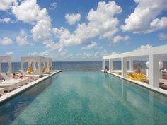 Saint Tropez Ocean Club Pool Lounge | Curacao