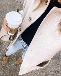 Viernes Casual, Most Comfortable Jeans, Fall Booties, Ankle Booties, Suede Booties, Fashion Jackson, Vogue, Jeans And Sneakers, Button Fly Jeans