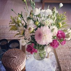 fresh flowers are a catalyst for cleaning up, no?