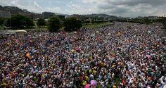 El preso político Leopoldo López invitó a todos los venezolanos a participar el próximo jueves en la marcha opositora que se dirigirá hasta el Palacio Pres