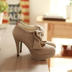 d623212fd4b2 Fashion Round Closed Toe Front Bow Tie Embellished Stiletto High Heels  Light Tan Leather Pumps TYD45TU