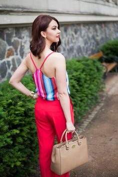 Summer look, red trousers, stripes top, colorfull stripes, spaghetti strap top