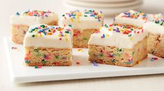 Cake Batter Cookie Bars Soft sweet and oh-so-easy to make with Betty Crocker cake and cookie mixes these clever cookie bars deliver irresistible cake batter flavor. Cake Mix Recipes, Cookie Recipes, Dessert Recipes, Bar Recipes, Potluck Recipes, Spring Recipes, Brownie Recipes, Dessert Ideas, Yummy Recipes