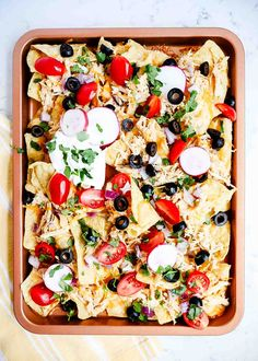 You Have Meals Poisoning More Normally Than You're Thinking That Sheet Pan Nachos - Simply Layer The Tortilla Chips, Chicken And Cheese On A Pan And Bake. At that point Load With Your Favorite Toppings Yum Shredded Chicken Nachos, Shredded Chicken Recipes, Homemade Tortilla Chips, Homemade Tortillas, Baked Nachos, Skillet Nachos, Mexican Food Recipes, Mexican Cooking, Sheet Pan