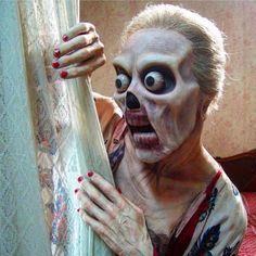 いいね!7,861件、コメント39件 ― Bearded Horrorさん(@bearded_horror)のInstagramアカウント: 「When she catches a glimpse of you in the shower . Makeup by @daviddtsfx . #beardedhorror #horror…」