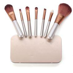 7 Pcs Golden Makeup Brush Set Cosmetic Foundation Blending Blush Brush ($6.02) ❤ liked on Polyvore featuring beauty products, makeup, makeup tools, makeup brushes, newchic, blush makeup brush and blush brush