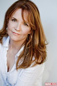 Dream Cast: Lea Thompson as Nora Bertrand