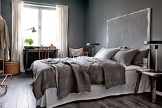 A faded palette: Grey