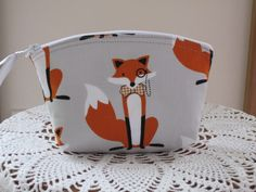 Essental Oil case Wedding Bridal Clutch Cosmetic Bag  Purse Fox and The Houndstooth Foxes  Made in USA - pinned by pin4etsy.com