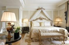 Hôtel Balzac Paris Set in Balzac's 19th-century mansion, this refurbished hotel is just a minutes' walk from the Arc de Triomphe and the Champs Elysées. You can sit on the large sofas in the chic lounge and relax with a cocktail. Free WiFi is provided.