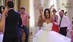 Организация самой лучшей свадьбы – в руках профессионалов  Организуй себе праздник: http://svadebniytamada.ru/wedding-notes/organizatsiya-samoj-luchshej-svadby-v-rukah-professionalov/