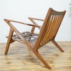 Detroit: 60s Mid Century Poul Jensen Selig Z Style Chair  $600 - http://furnishlyst.com/listings/923117